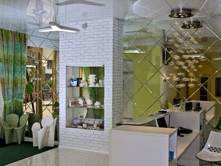 Интересные решения для зеркальной стены в интерьере