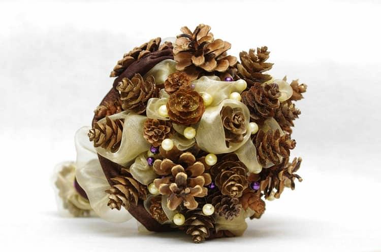 Букет без цветов - из шишек и не только