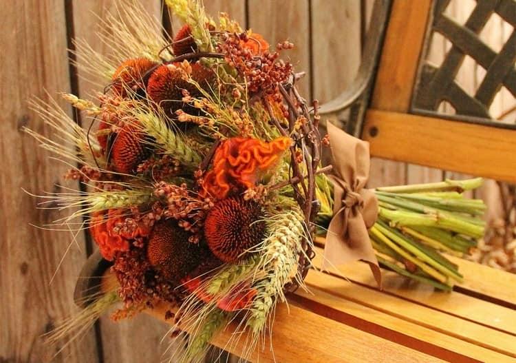 Осенний букет с колосками пшеницы