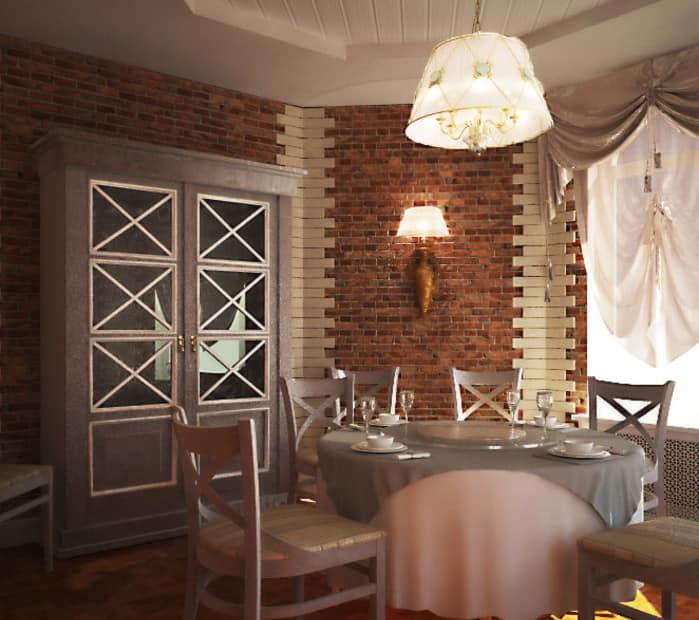 Кирпичная стена на кухне и в столовой