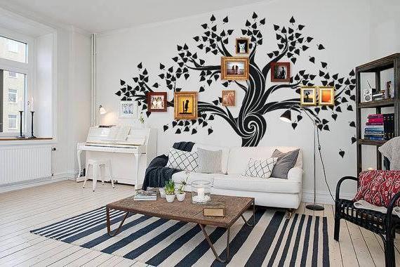 Семейная галерея в виде дерева