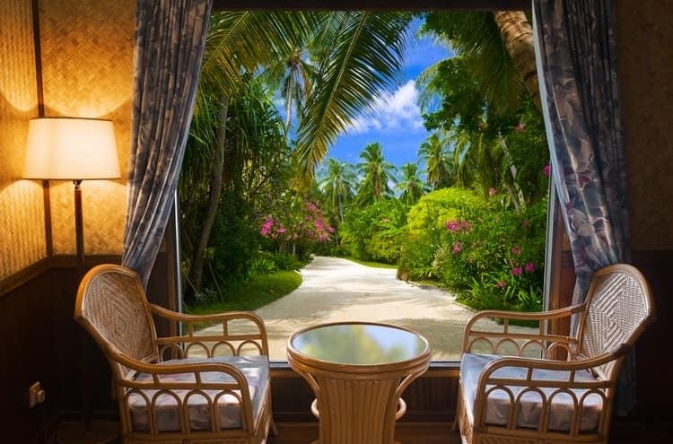 Тропический пейзаж: фотообои природа в интеьерах