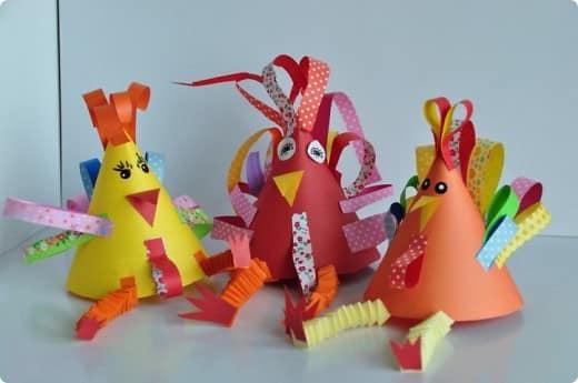 Простые новогодние петушки из бумаги