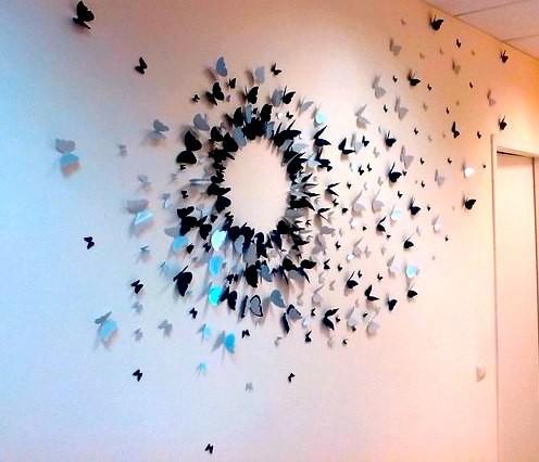 Бабочки словно готовы взмыть вверх