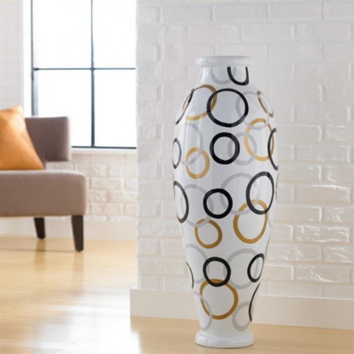Напольная ваза с кругами