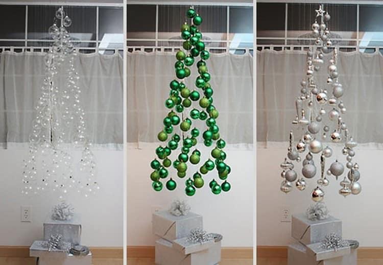 Прозрачные елки из елочных шариков, подвешенных в воздухе