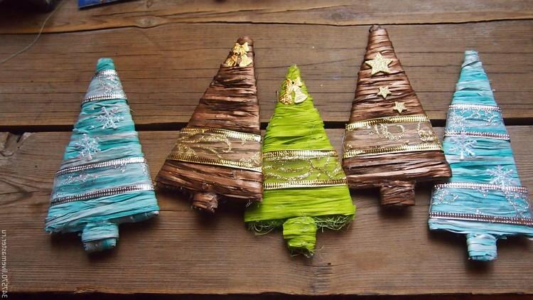 Красивые новогодние елочки из ленточек