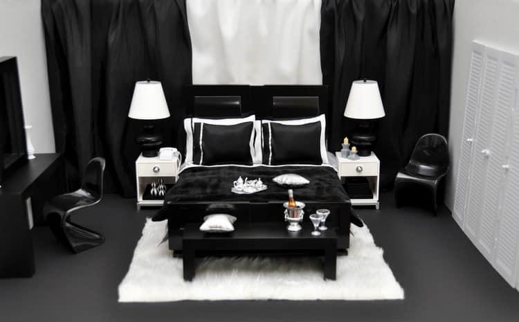 Даже в небольших помещения черная мебель смотрится оригинально