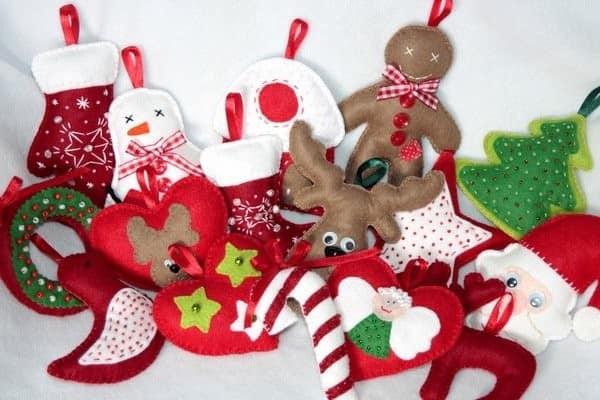 Какие игрушки сделать из фетра для новогодней елки