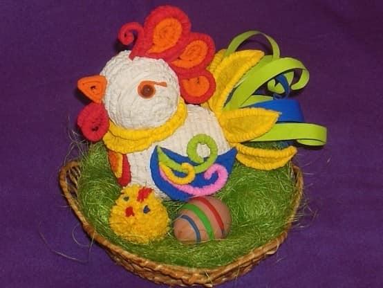 Разноцветный петушок из гофротрубочек