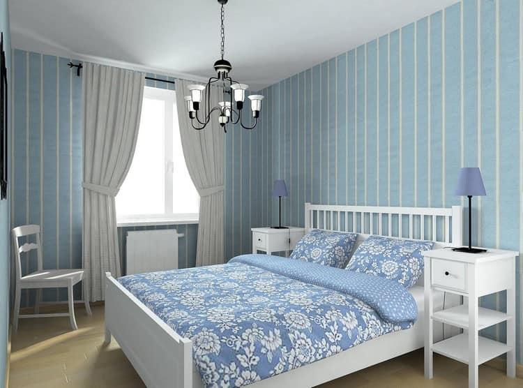 Комната с голубыми обоями