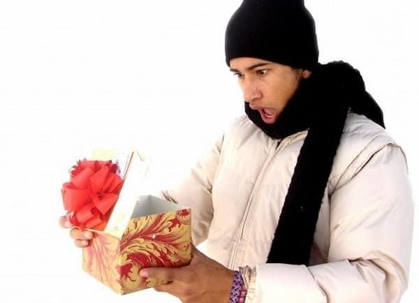 Как выбрать или сделать необычный подарок на 14 февраля для него