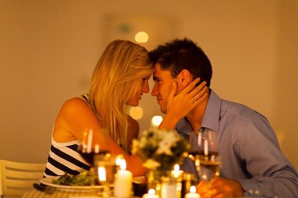 Романтический уже может стать для него лучшим подарком в этот день