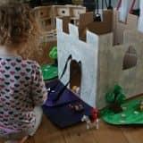 Поделки из картонных коробок: игрушки для детей и дома фото