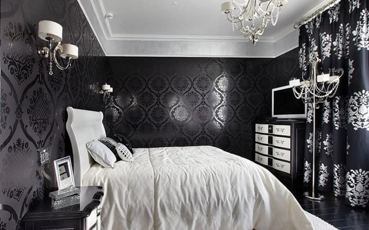 Комната с черными обоями
