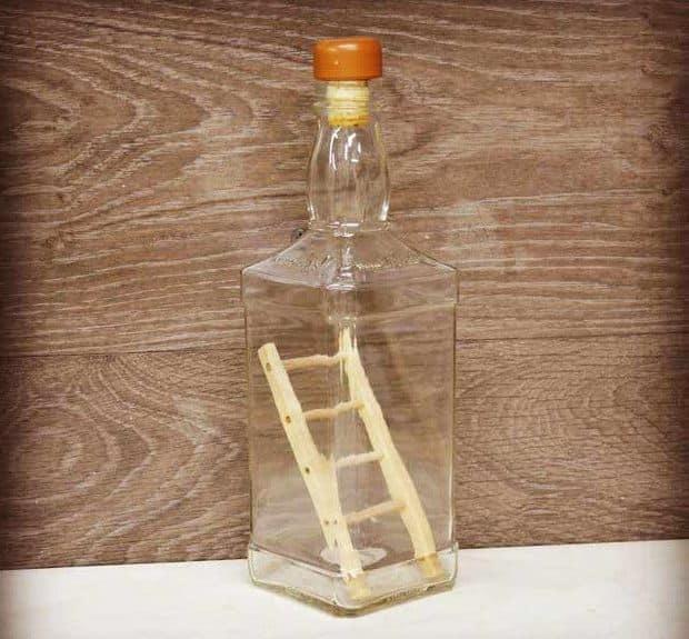 Лестница в бутылке