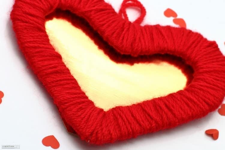 Валентинка руками - делаем из пряжи для детей