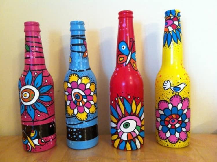 Яркая роспись бутылок - идея для вазы и подарка