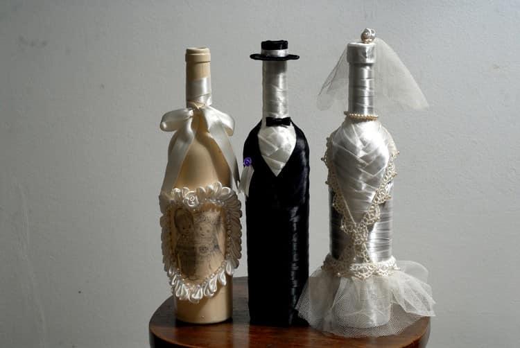 Свадебный декор винных бутылок