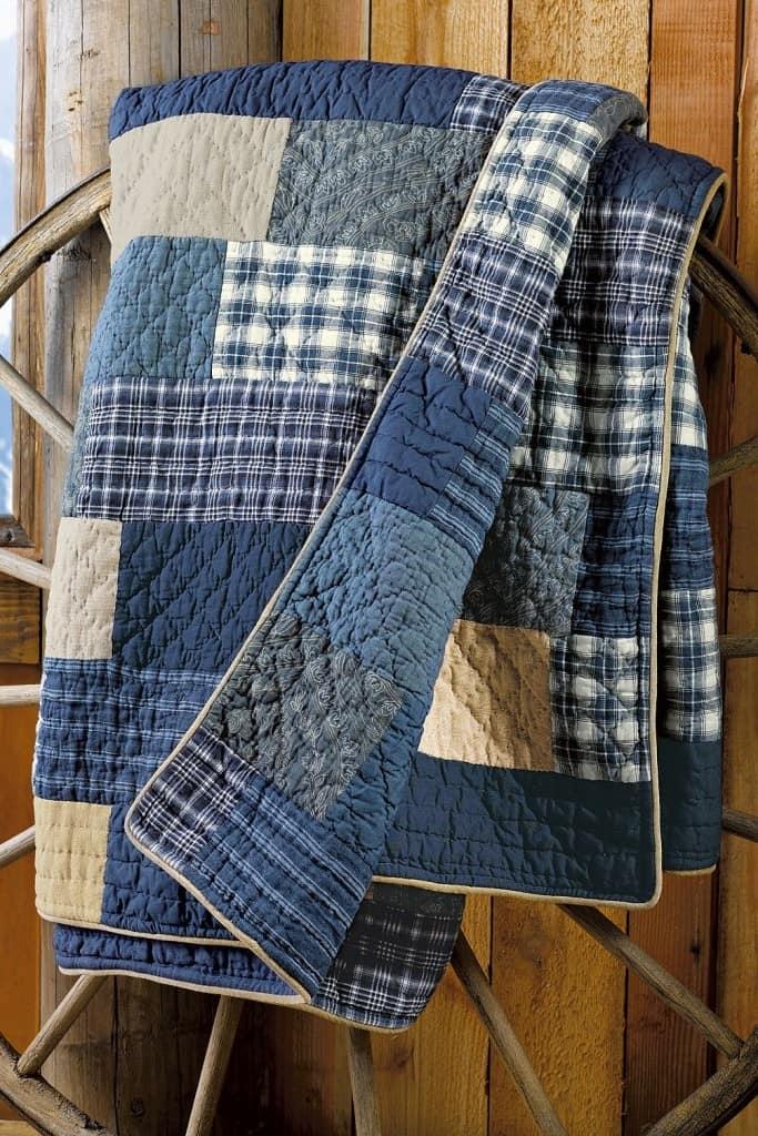 ff11a40476fe Есть много вариантов, что можно сделать из джинсового материала, и мы  сейчас рассмотрим некоторые из них.