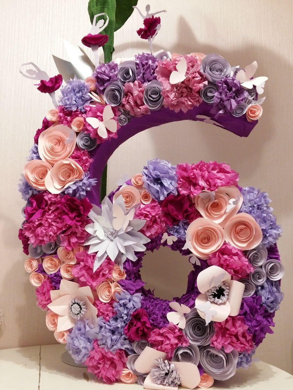 декор цифры цветами к дню рождения