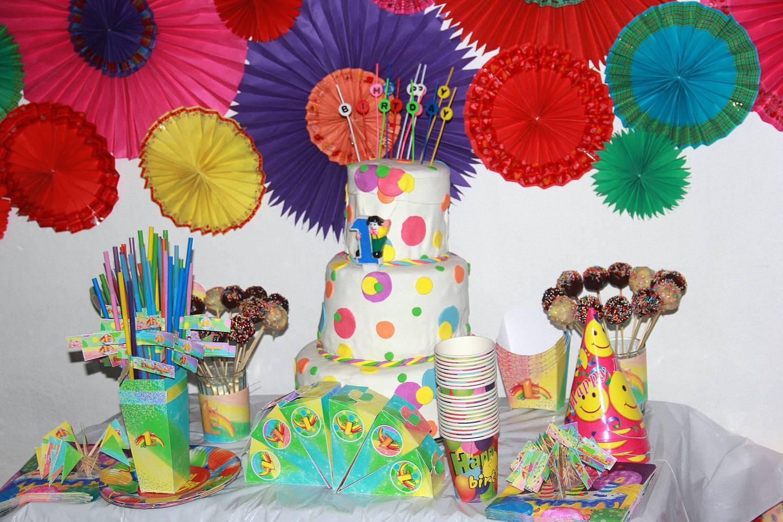оформление веерами детского праздника