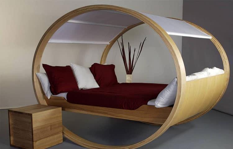 Оригинальная кровать для сна